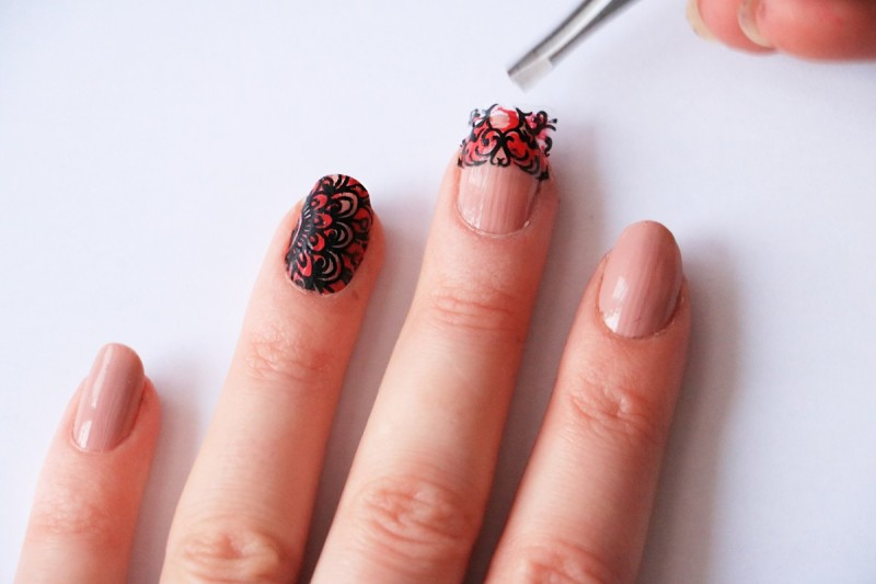 12. Put this design on half of your nail. Do the same with other nails too.