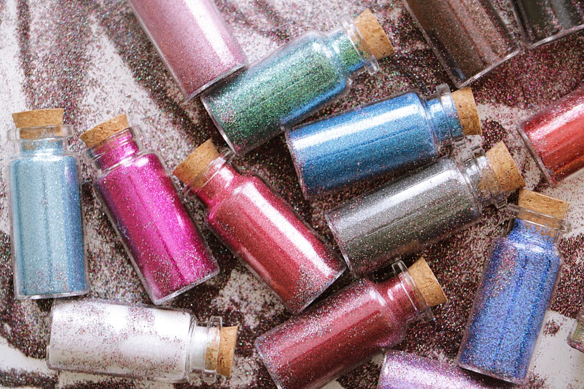 DIY: Eye Glitter Bottles for 1,27$ each