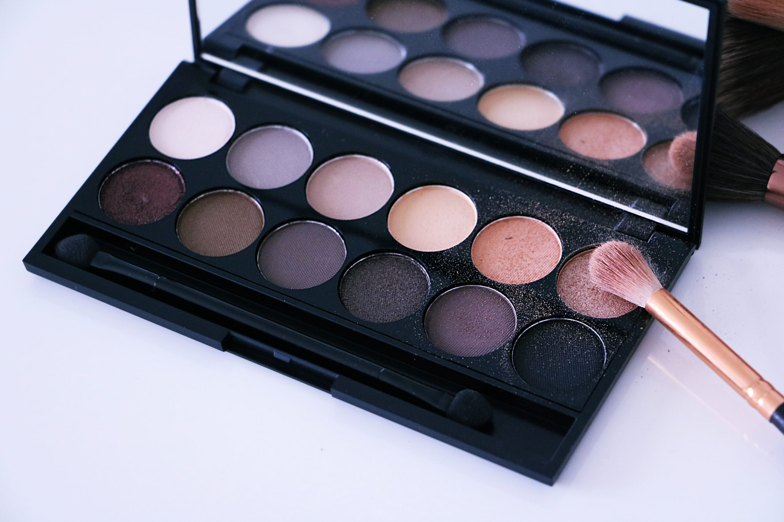 Sleek Makeup iDivine Palette Review