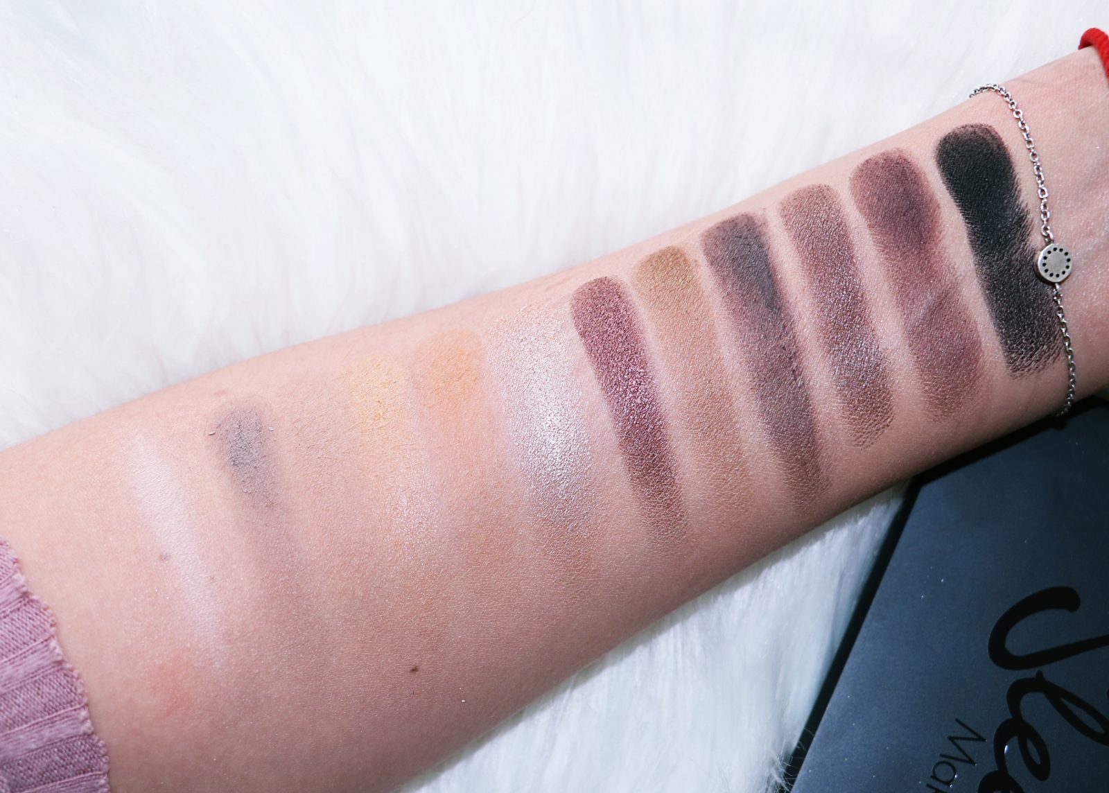 Sleek Makeup iDivine Palette  Swatches